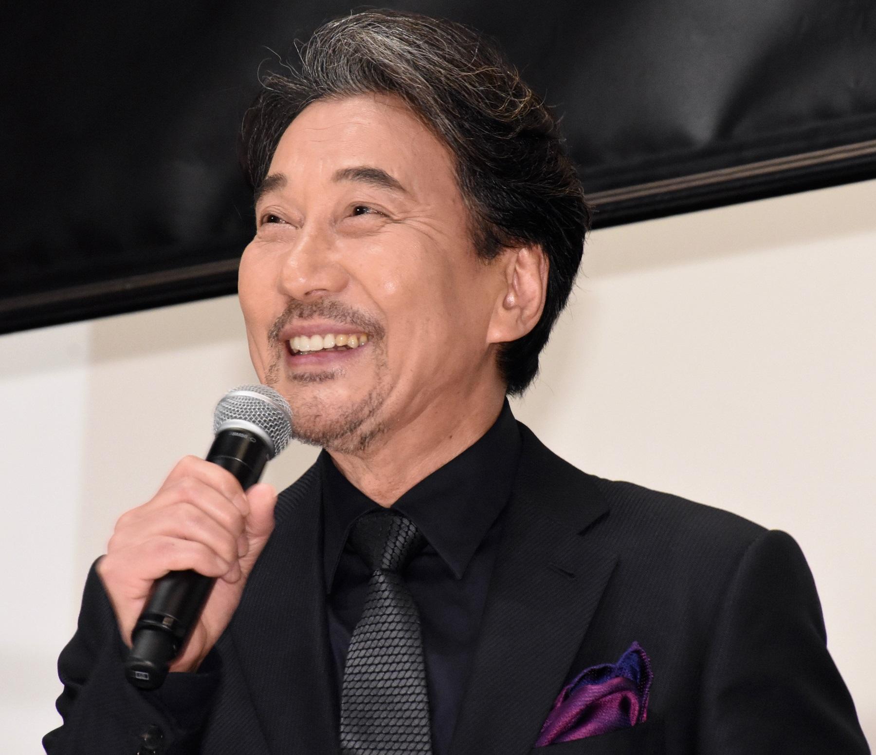 松坂桃李、尊敬する役所広司に全裸仕事をいじられる?!