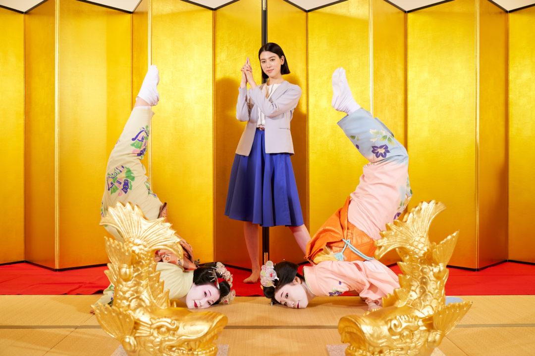 三吉彩花が『ダンスウィズミー』で挑んだ前代未聞のコメディ・ミュージカル映画の撮影秘話