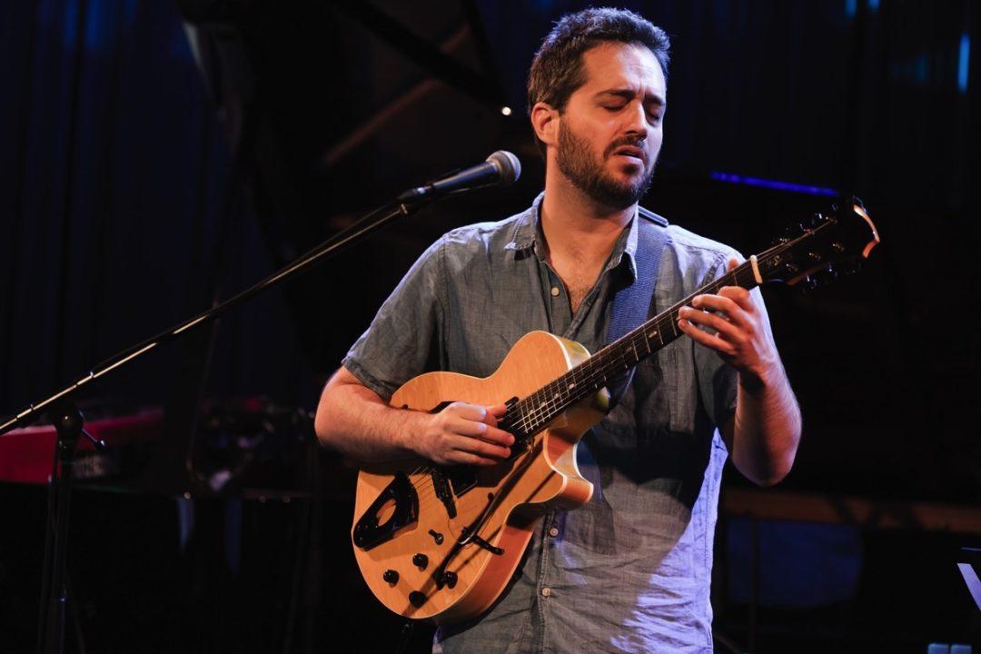 ブラジル音楽に夢中のイスラエル人ギタリスト
