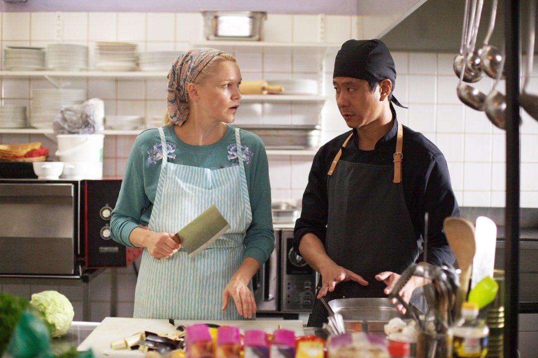 ミカ・カウリスマキが贈るラップランドの美景で包むささやかなグローバリゼーション『世界で一番しあわせな食堂』