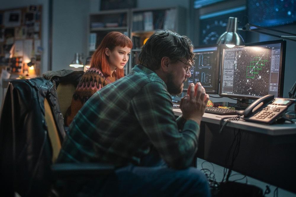 ディカプリオ & J・ローレンス主演 映画『ドント・ルック・アップ』初映像や場面写真が公開 ! 12月24日(金)よりNetflixにて独占配信開始