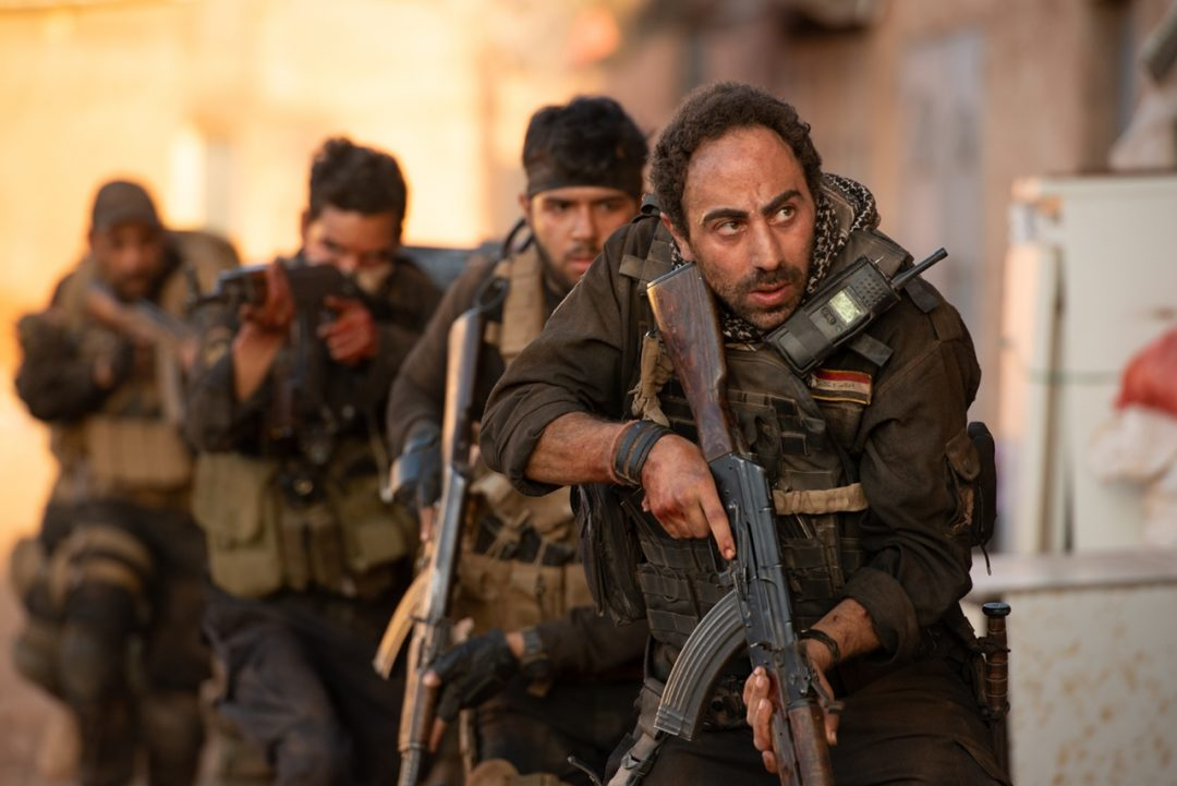 『アベンジャーズ』シリーズのルッソ兄弟が事実に基づくSWAT部隊の姿を描く 映画『モスル~あるSWAT部隊の戦い~』予告映像&場面写真が公開