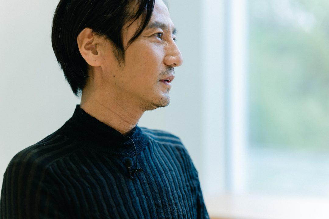 映画『ONODA 一万夜を越えて』 主演・津田寛治が守る、カメラの前で芝居をしてはいけないという教え